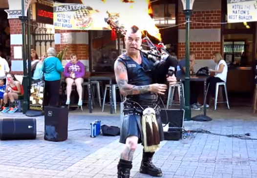 27 músicos callejeros que te dejarán boquiabierto
